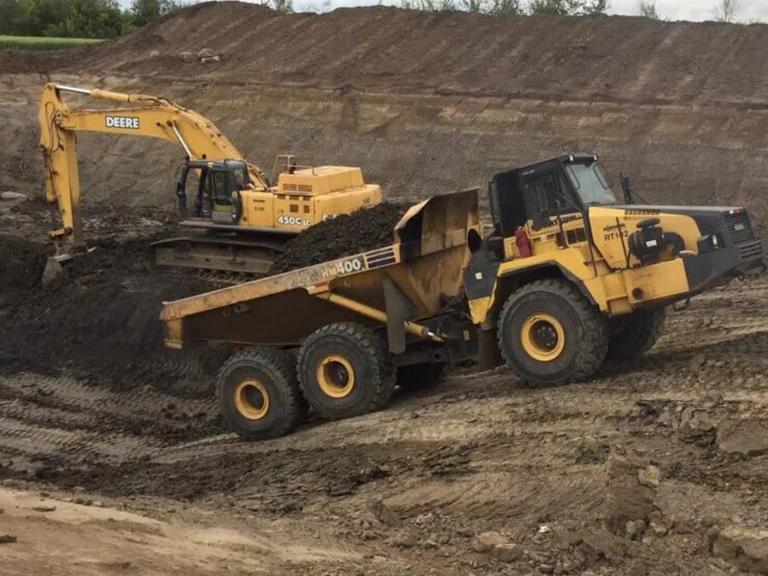 Northern Road Builders - La Crete, Alberta - Rocktruck